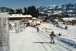 Kinderlift in Pinguin BOBO's KINDER-CLUB® der Skischule Ofterschwang